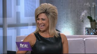 Theresa Caputo Talks Discovering Her Gift