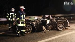 Glätte-Unfall auf der A7: Porsche-Fahrer stirbt