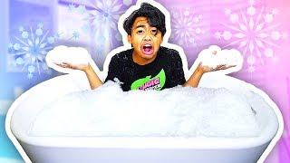 BATHING IN A SNOW BATH TUB! (EXTREME)
