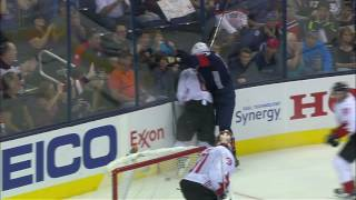 Gotta See It: Canada's Achilles heel Kesler wipes out Weber