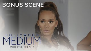 Tyler Henry Connects Evelyn Lozada With Late Father Figure   Hollywood Medium with Tyler Henry   E!