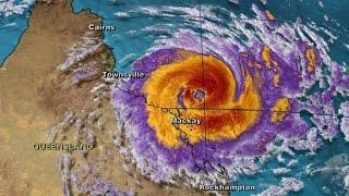 Cyclone Debbie prompts evacuations