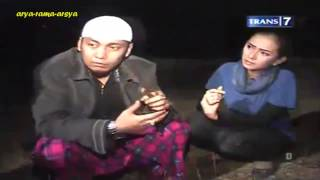 Dua Dunia - Manusia Lima Bahasa [Full Video] 14-08-2013
