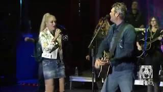 Blake Shelton & Gwen Stefani --