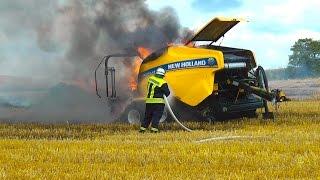 Ballenpresse geriet in Brand