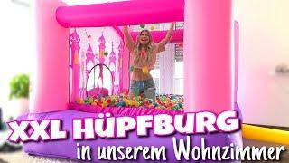 ... XXL HÜPFBURG in unserem Wohnzimmer 😳😍 | BibisBeautyPalace