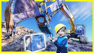 BREAKING OPEN ABANDONED SAFE with GiANT EXCAVATOR (ACTUALLY OPENS😱)