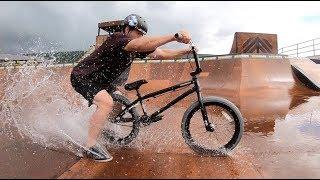 BMX DRIFTING IN THE RAIN!!