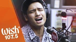 "Michael Pangilinan sings ""Bakit Ba Ikaw"" LIVE on Wish 107.5 Bus"