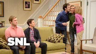 Kissing Family with Andy Samberg - Saturday Night Live