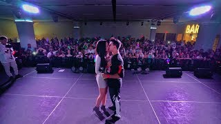 HE HAD TO KISS HER IN FRONT OF THOUSANDS!