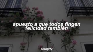fake happy - paramore // español