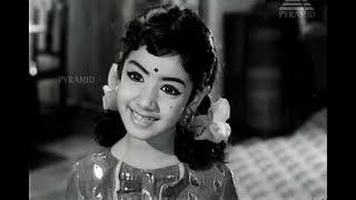 Sridevi - Brilliant performance as a Child Star