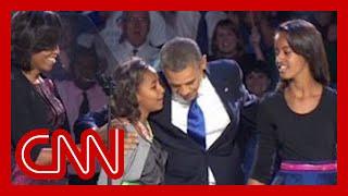 """Sasha Obama reminds dad """"Behind you!"""""""