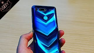 Honor View 20 - HANDS ON The First HOLE-PUNCH Smartphone! | CES 2019