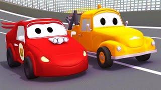 DAS RENNAUTO und TOM der ABSCHLEPPWAGEN in AUTOPOLIS | Lastwagen Bau-Cartoon-Serie für Kinder