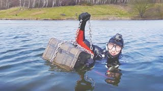 I Went Metal Detecting Underwater and You Won't Believe What I Found… (Scuba Diving Challenge)