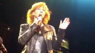 Reba McEntire - Not Counting You (10/24/2016)  Nashville, TN