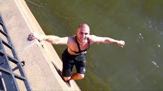 Fisherman Saves Drowning Turtle Wrapped In Fishing Line!!! | Jiggin