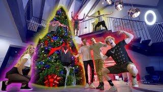 OUR GIANT MAVERICK CHRISTMAS TREE! **100,000 FEET**