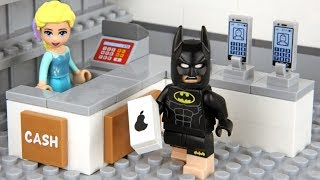 Lego Batman and Hulk Shopping New Phone