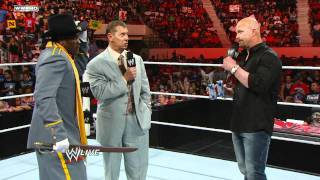 """Raw: R-Truth tells Mr. McMahon and """"Stone Cold"""" he secedes"""