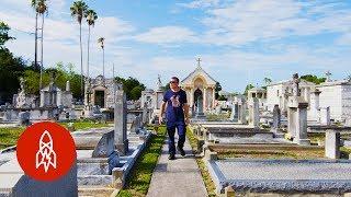 The Good Cemeterian: Restoring Veterans' Tombstones