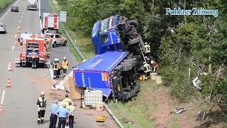 Schwerer LKW Unfall auf der A7 bei Fulda 22.07.2015