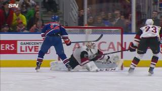 Smith makes great glove save to keep Eberle from scoring