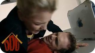 Die Drückebergerin   DIE DREISTEN DREI - DIE COMEDY WG