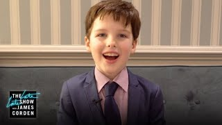 Iain Armitage Reacts to Sheldon Cooper Fan Theories