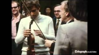 Yehudi Menuhin plays rare Stradivarius violin