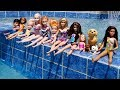 POOL ! Elsa and Anna toddlers - Barbie -...mp3