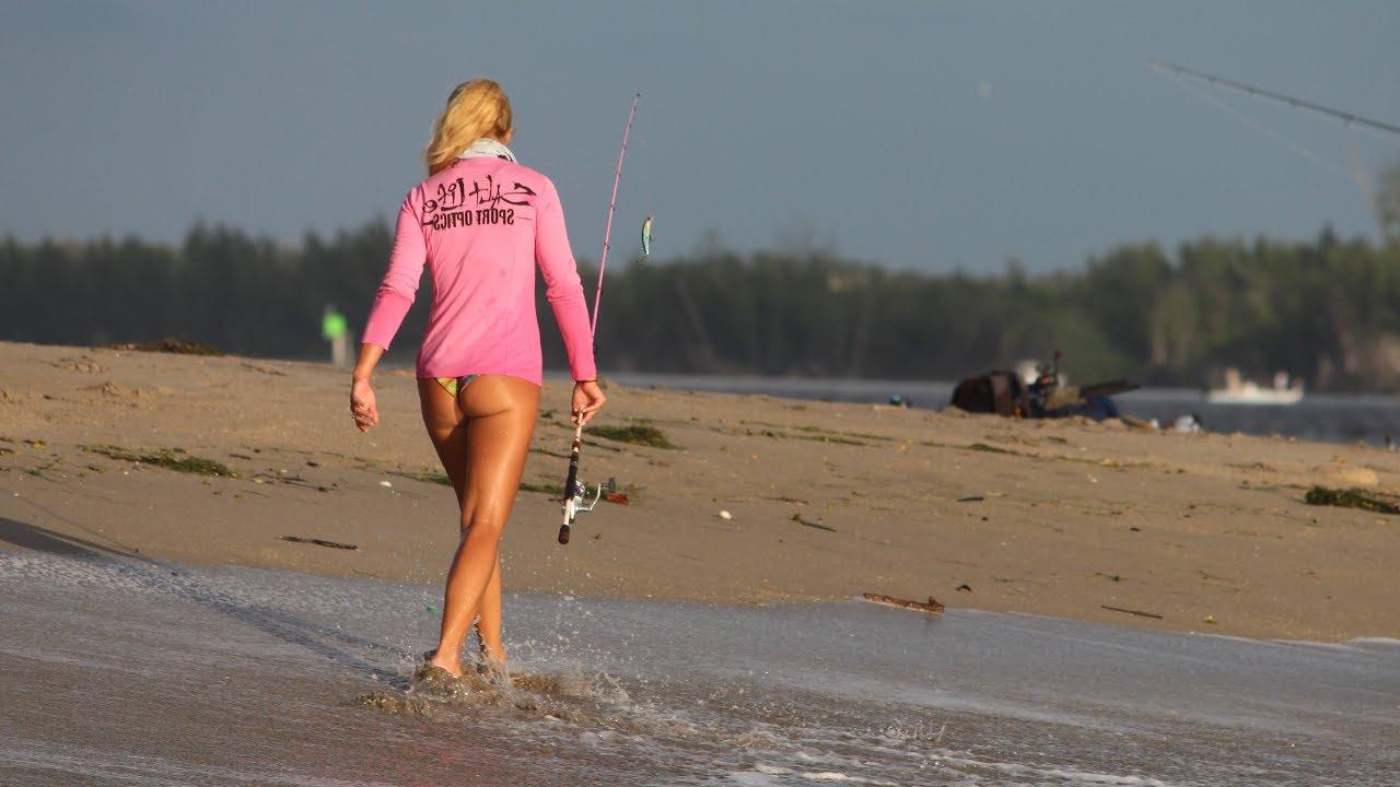 Фото красивых девушек на рыбалке 15 фотография