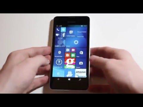 Unboxing: Microsoft Lumia 550