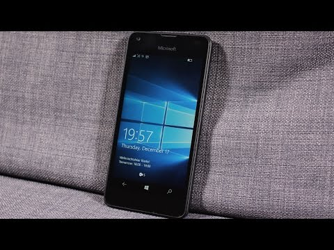 REVIEW: Microsoft Lumia 550 with Windows 10