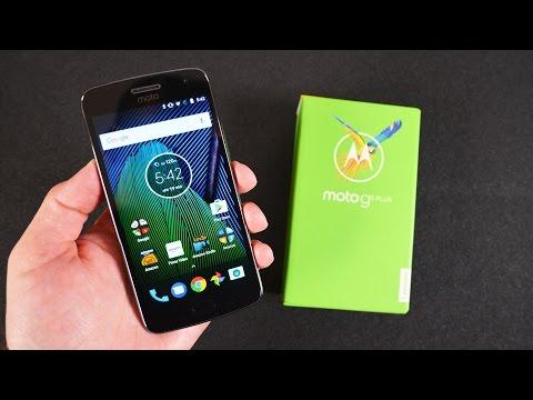 Moto G5 Plus: Unboxing & Review