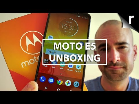 Motorola Moto E5 Unboxing | 2018's best budget blower?