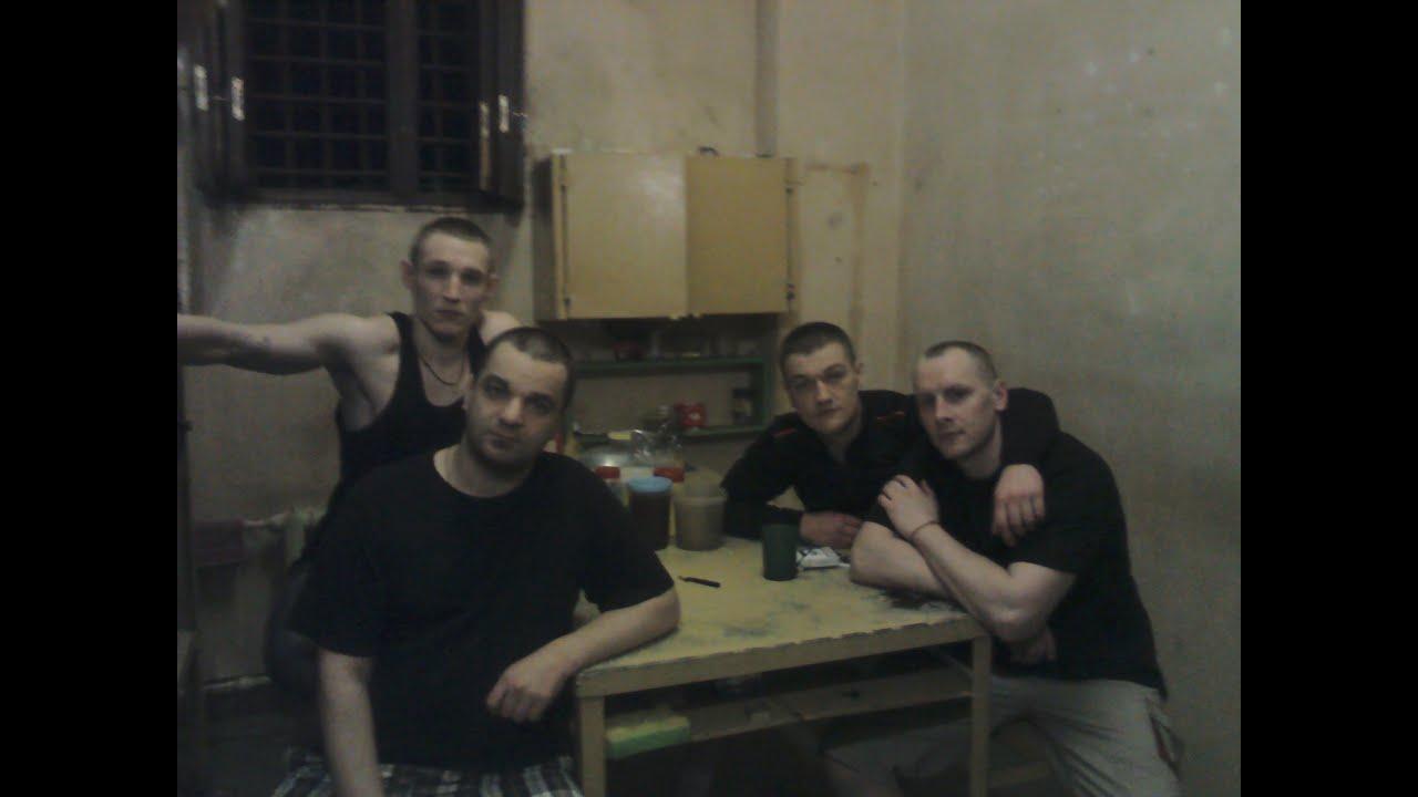 Секс в тюрьме с петухом 21 фотография