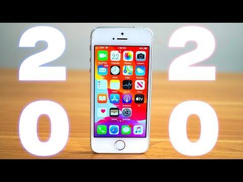 iPhone SE in 2020 Review!